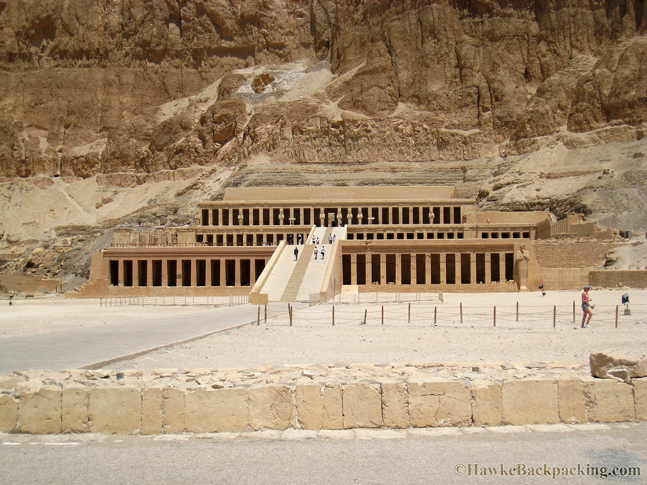 the temple of queen hatshepsut Kids learn about the biography of hatshepsut of ancient egypt  a queen hatshepsut's dad died a short time after she was married and  temple of hatshepsut by .