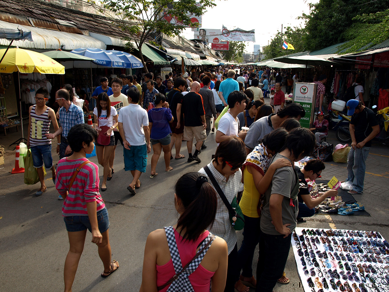 Chatuchak Weekend Market - HawkeBackpacking.com