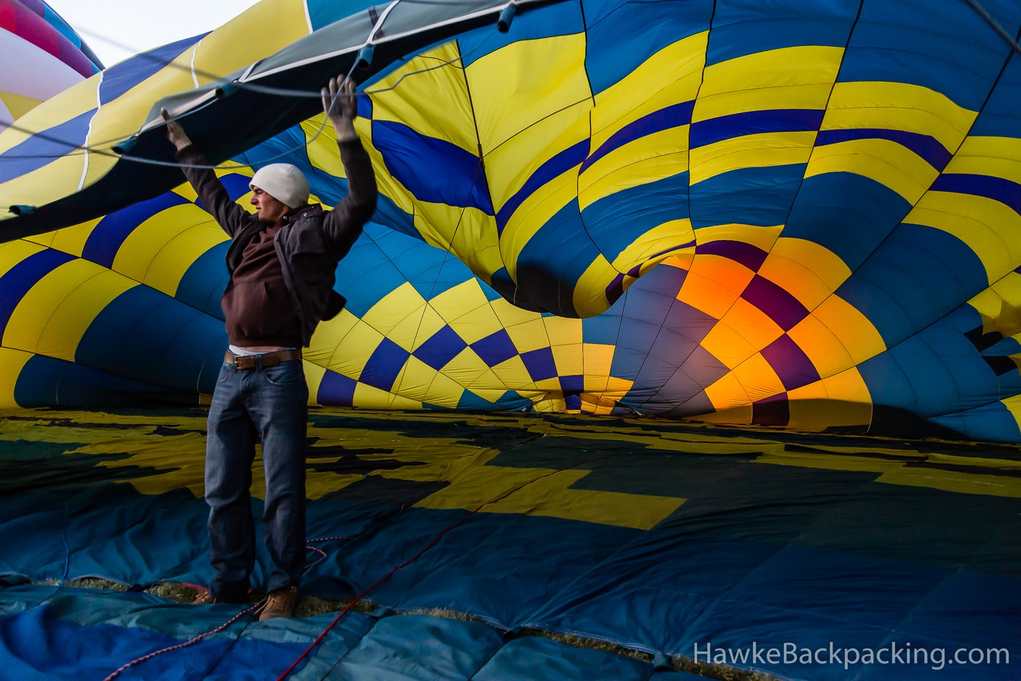 how to become a hot air balloon pilot in canada